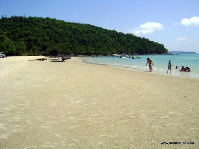 Стриптизерша на пляже #8